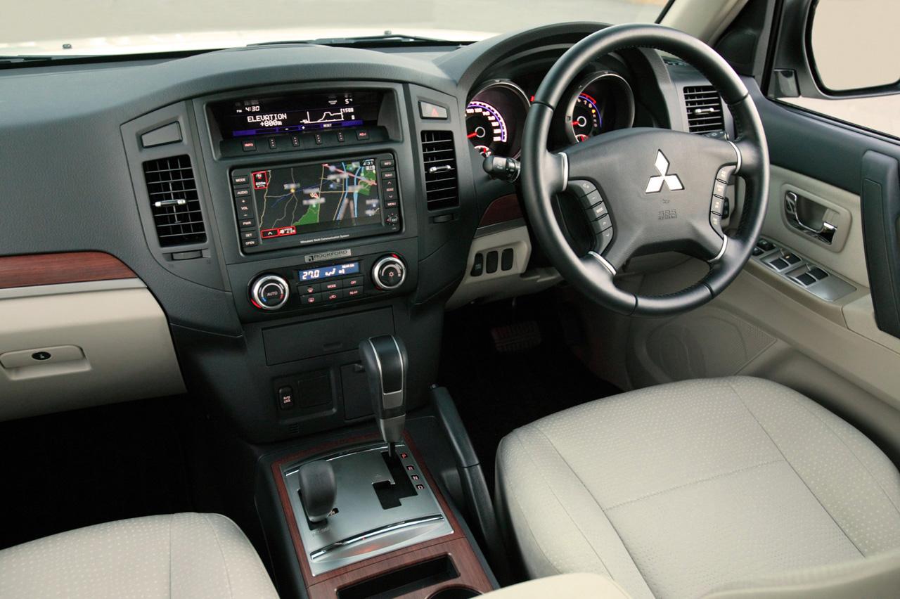 Mitsubishi Pajero Interior Accessories