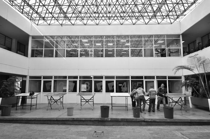 Patio interior edificio stunning villa edificio casa piscina patio interior propiedad nikon - Ley propiedad horizontal patio interior ...