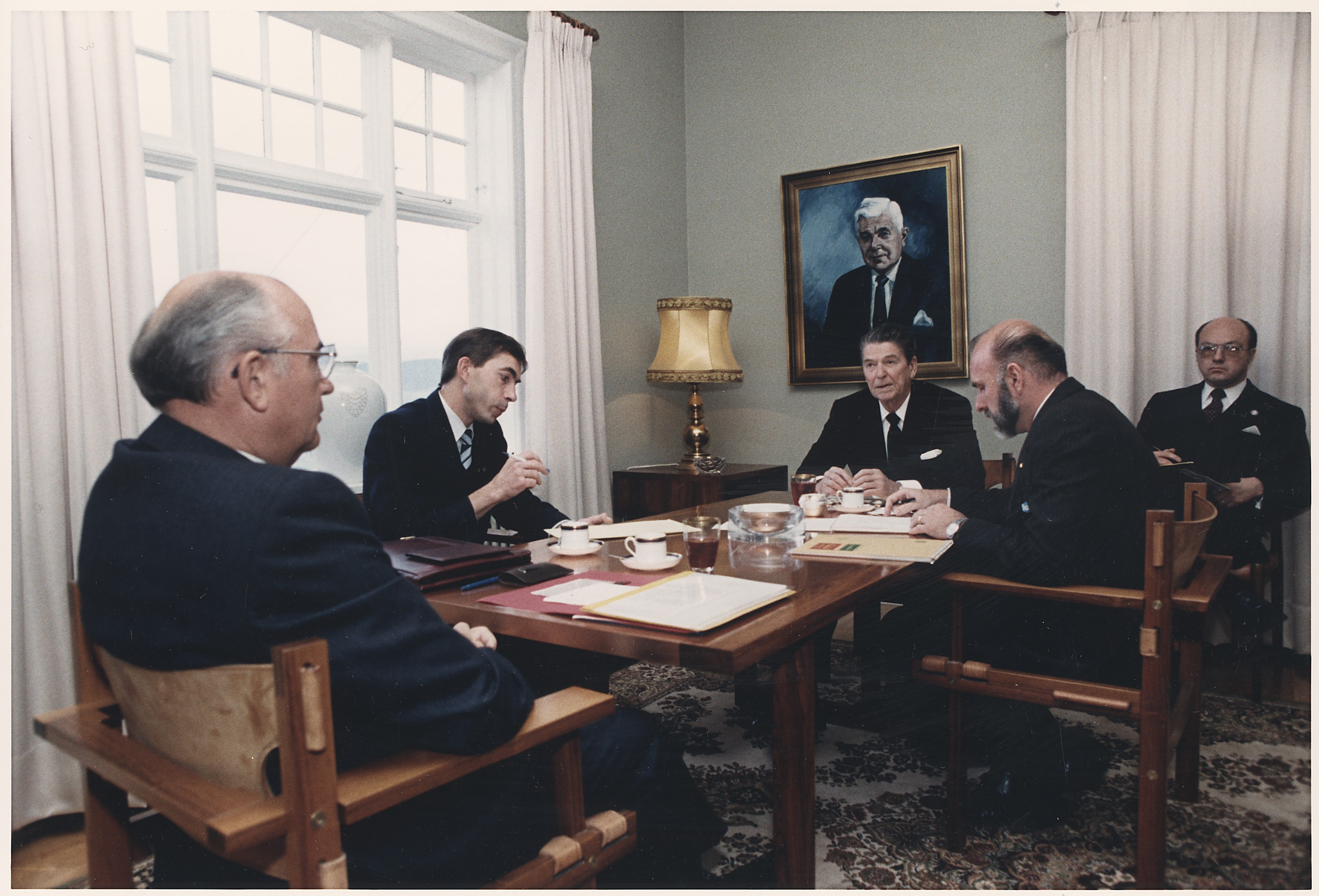 gorbachev and reagan meet in iceland