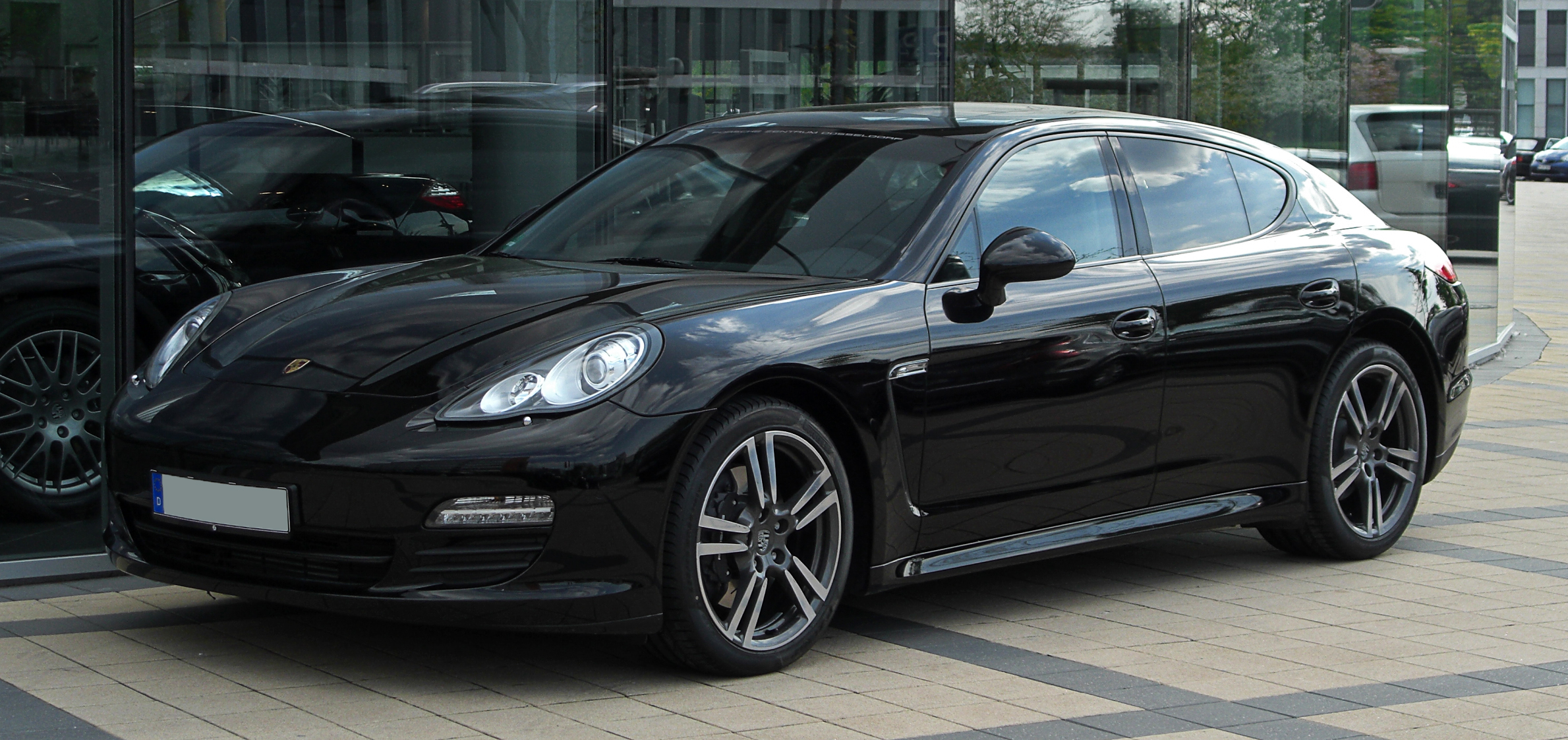 file porsche panamera 970 frontansicht 17 april 2011 d wikimedia commons. Black Bedroom Furniture Sets. Home Design Ideas