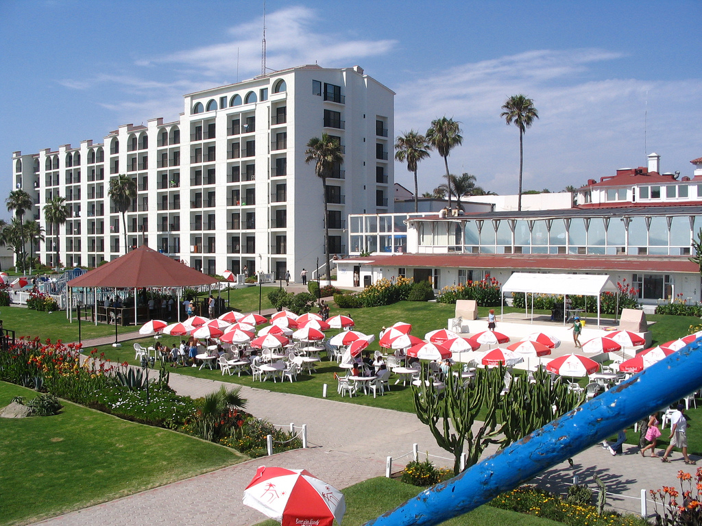 Beach Hotel California Schonberg