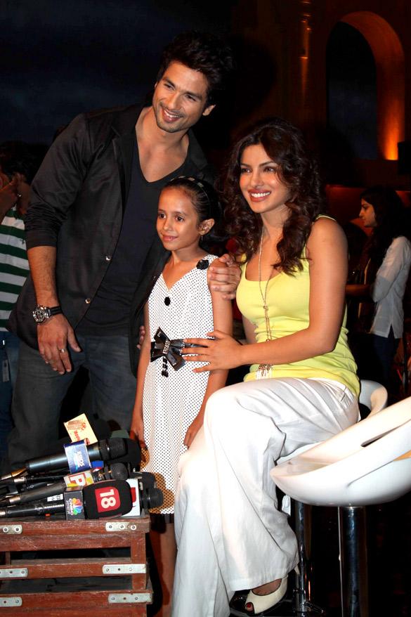 File:Shahid Kapoor, Priyanka Chopra Promote 'Teri Meri ...