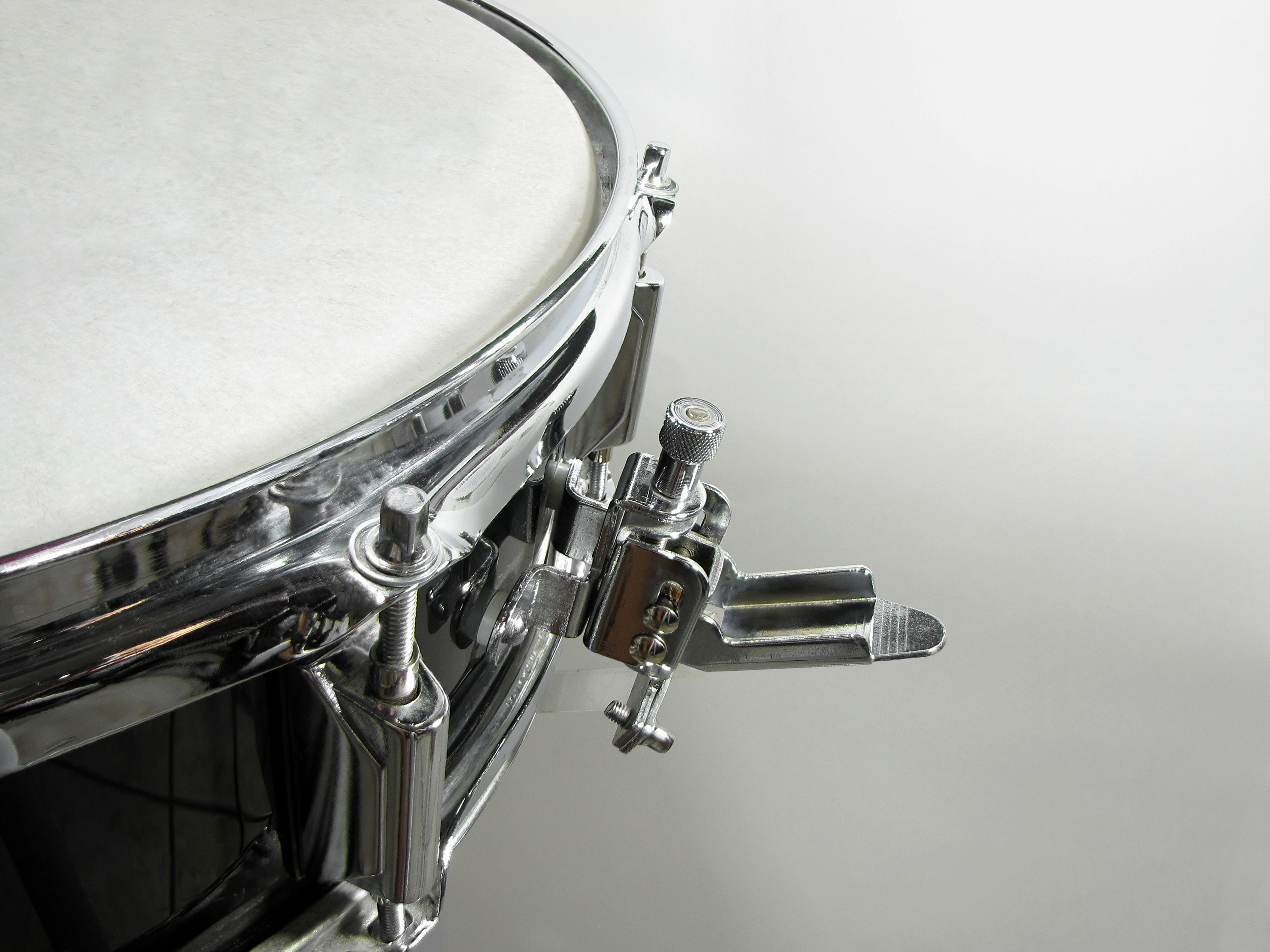 Archivosnare Drum Strainerjpg Wikipedia La Enciclopedia