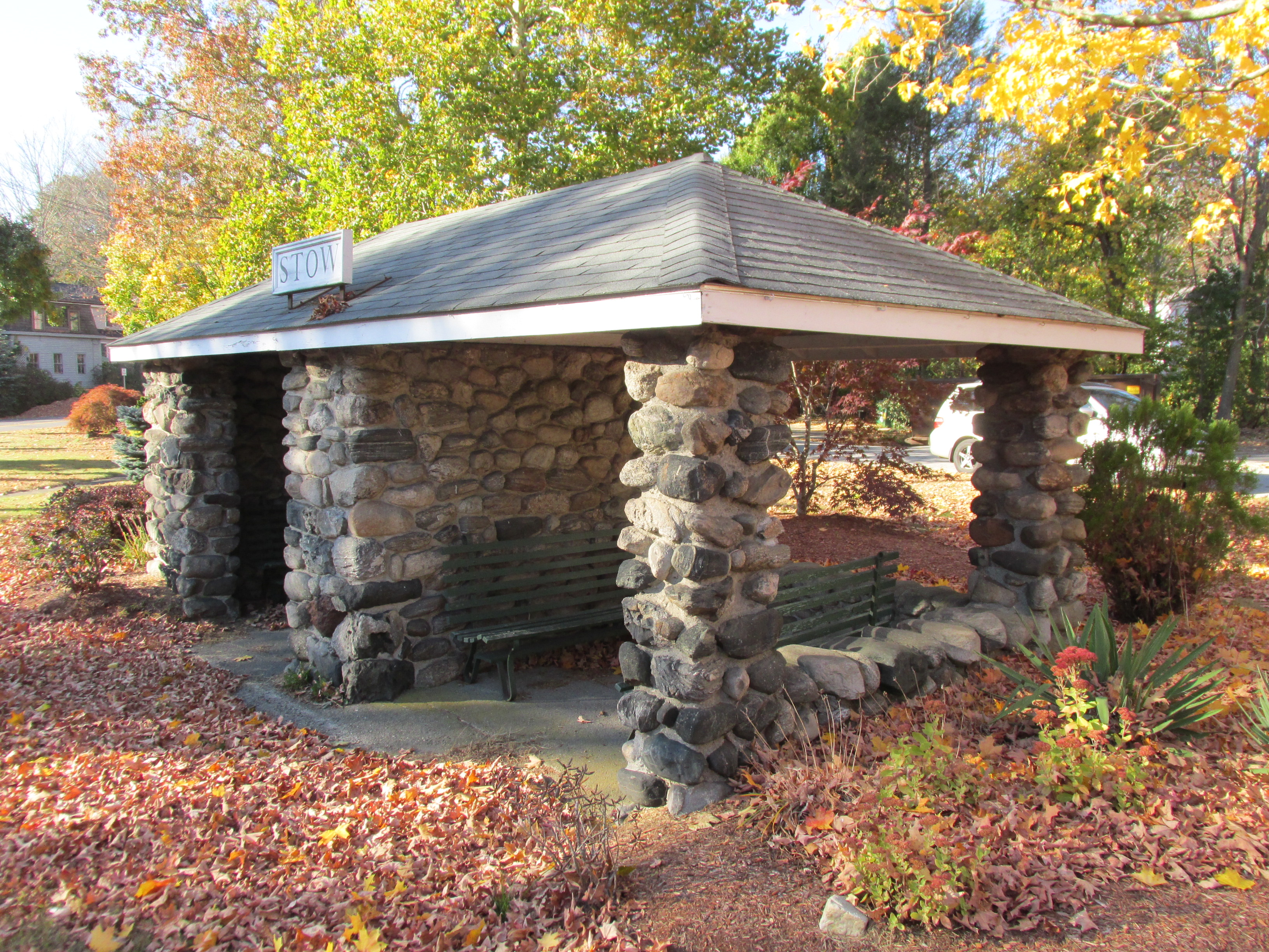 File Stone Shelter On Great Road Stow Ma Jpg Wikimedia