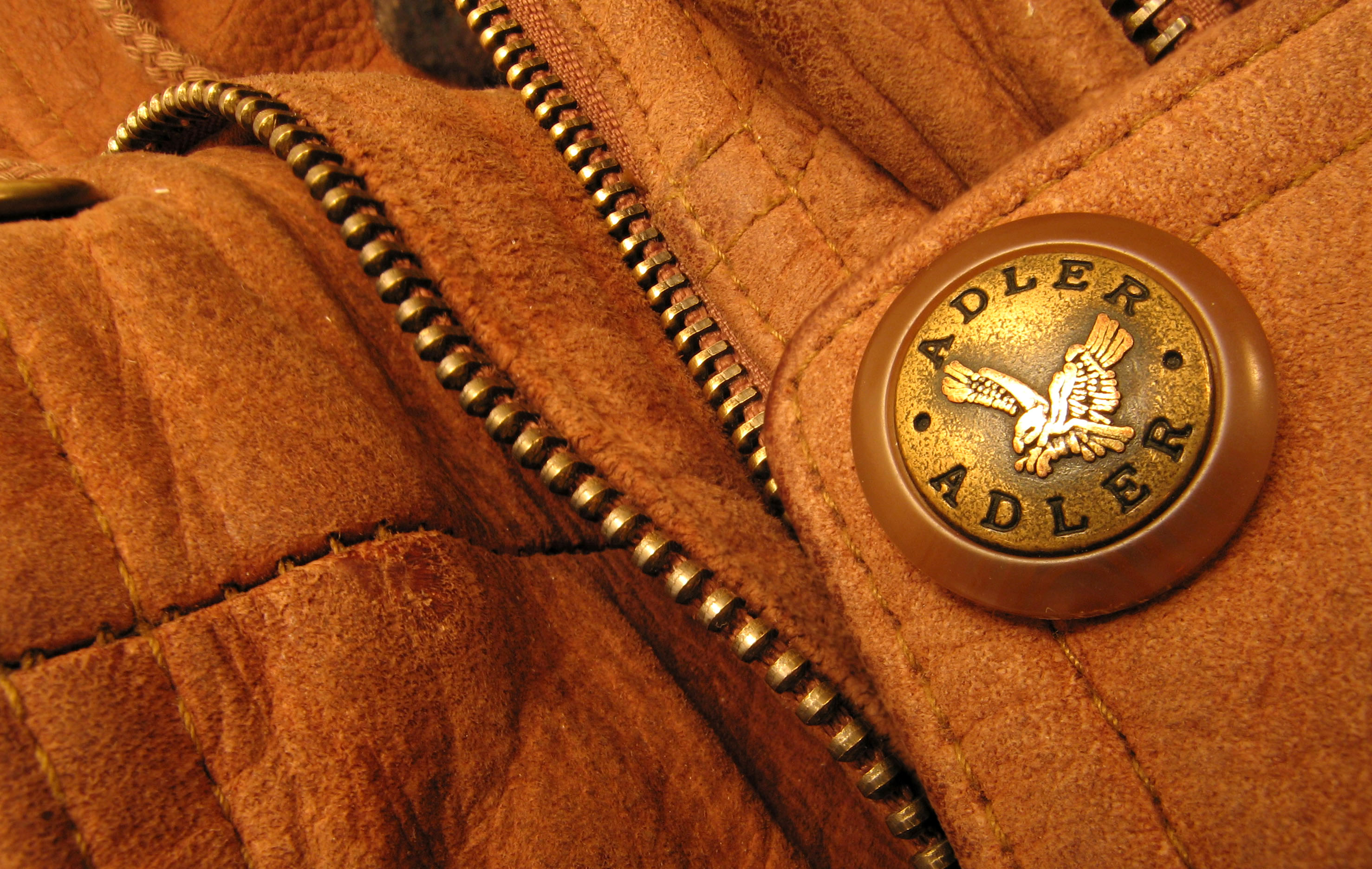 http://upload.wikimedia.org/wikipedia/commons/4/40/Suede_Jacket_Adler.jpg
