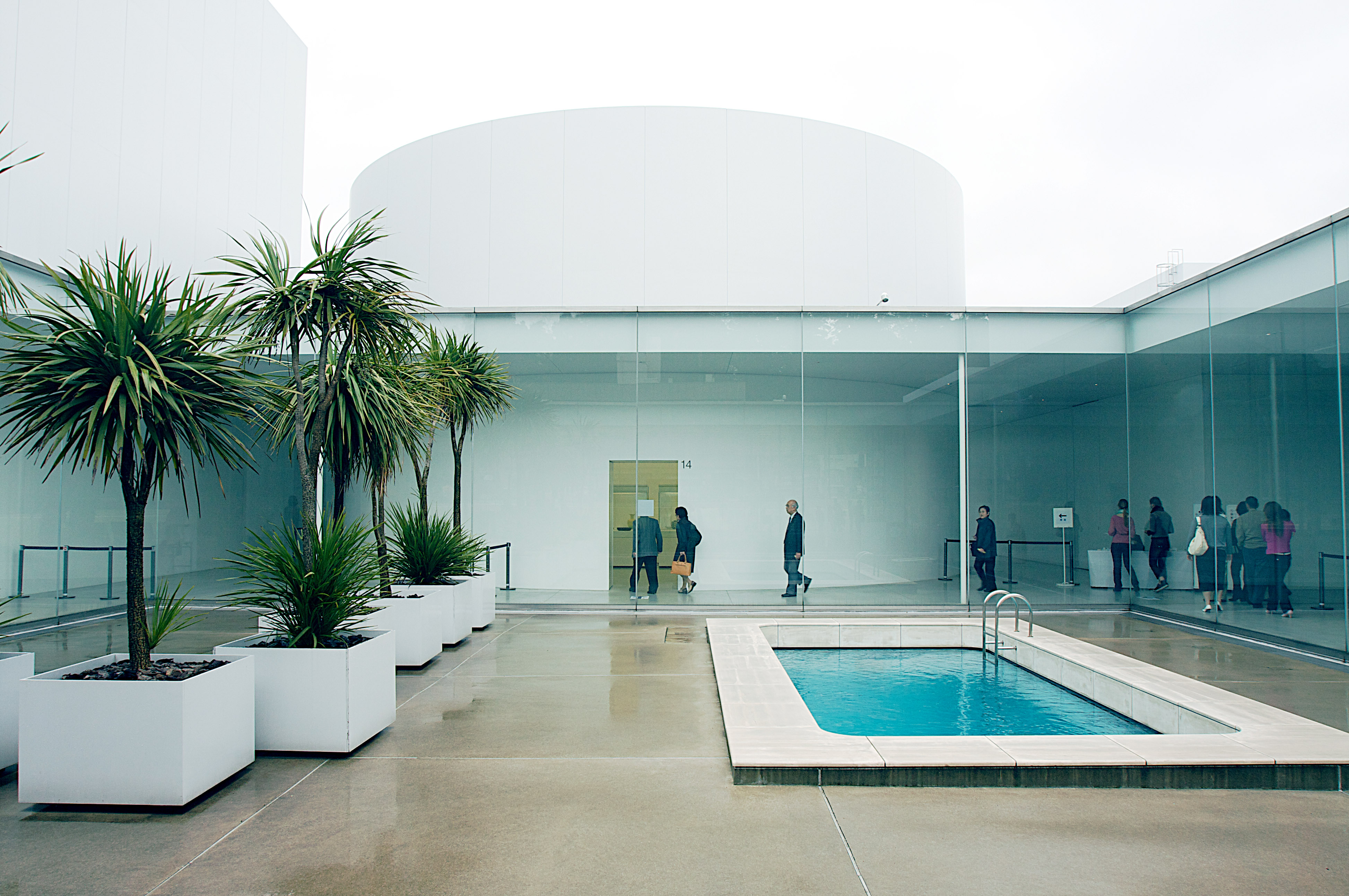 Fileswimming Pool Courtyard 21st Century Museum Of Contemporary
