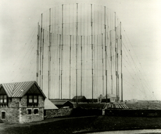 File:The Marconi Company first antenna system at Poldhu, Cornwall, December 1901.jpg