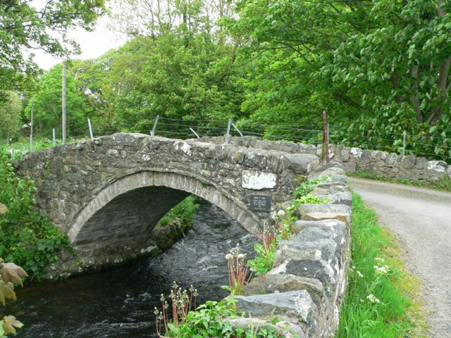 "Fitxer:The historic bridge known as ""Pont Y Cim,"" Pontllyfni, Gwynedd. - geograph.org.uk - 172998.jpg"