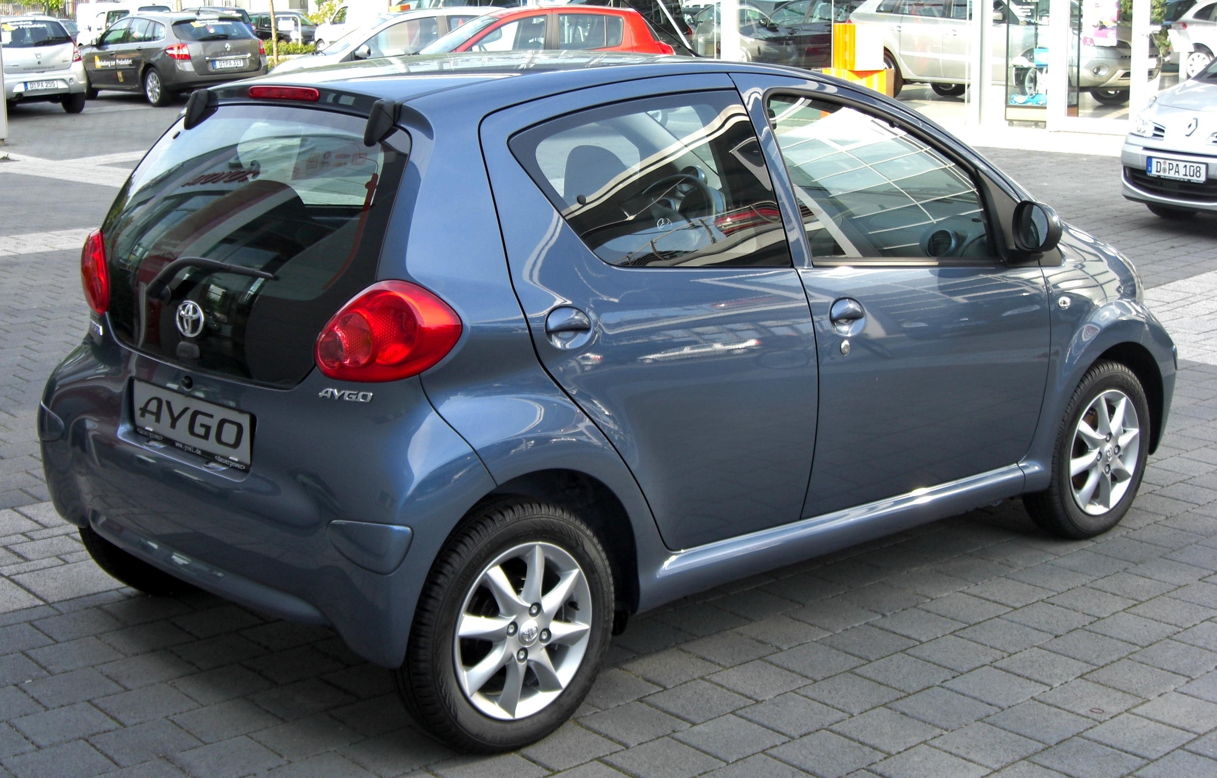 File Toyota Aygo Rear Jpg Wikimedia Commons