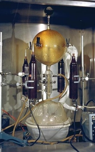 http://upload.wikimedia.org/wikipedia/commons/4/40/UreyMillerExperiment.jpeg