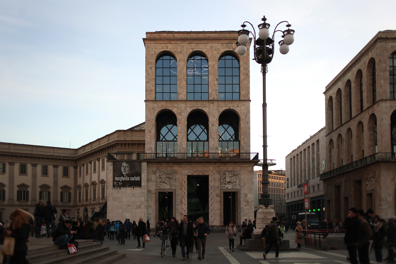 Museo Del 900 Milano.File Veduta Del Museo Del Novecento All Arengario Di Milano Da