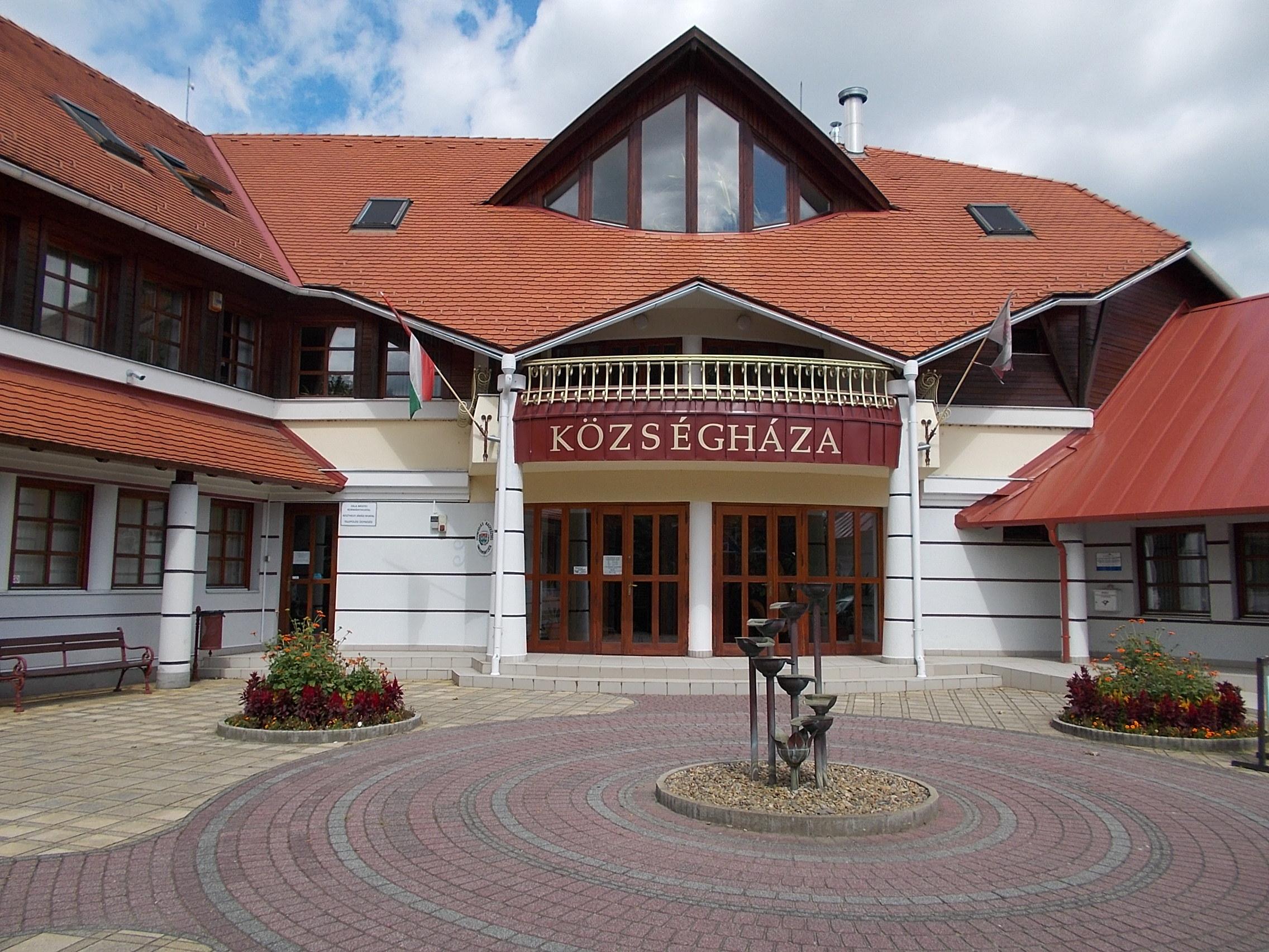 File Village House In Gyenesdias 2016 Hungary Jpg Wikimedia Commons