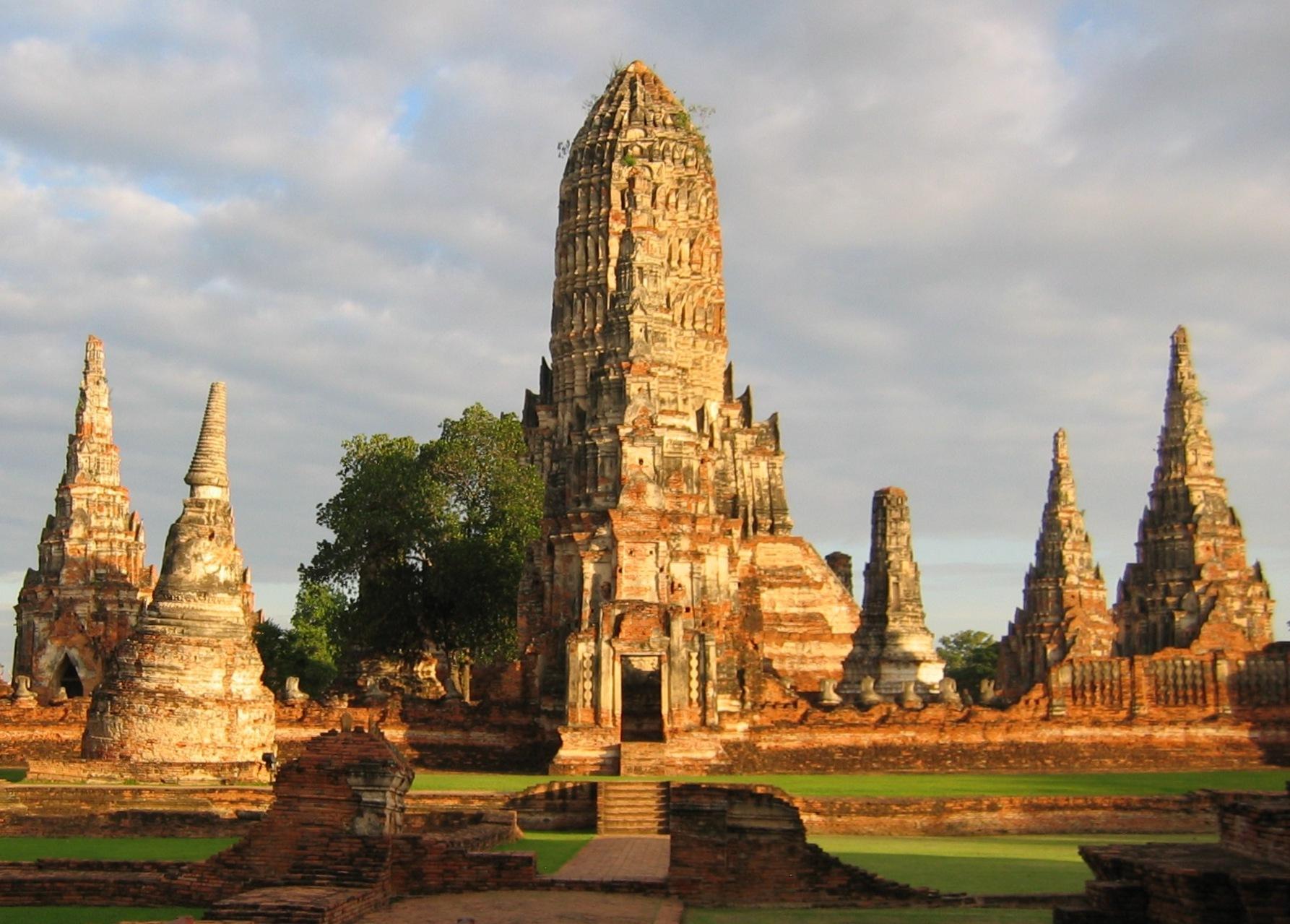 Nach der Katastrophe nie mehr aufgebaut: Wat Chai Watthanaram in den Ruinen von Ayutthaya