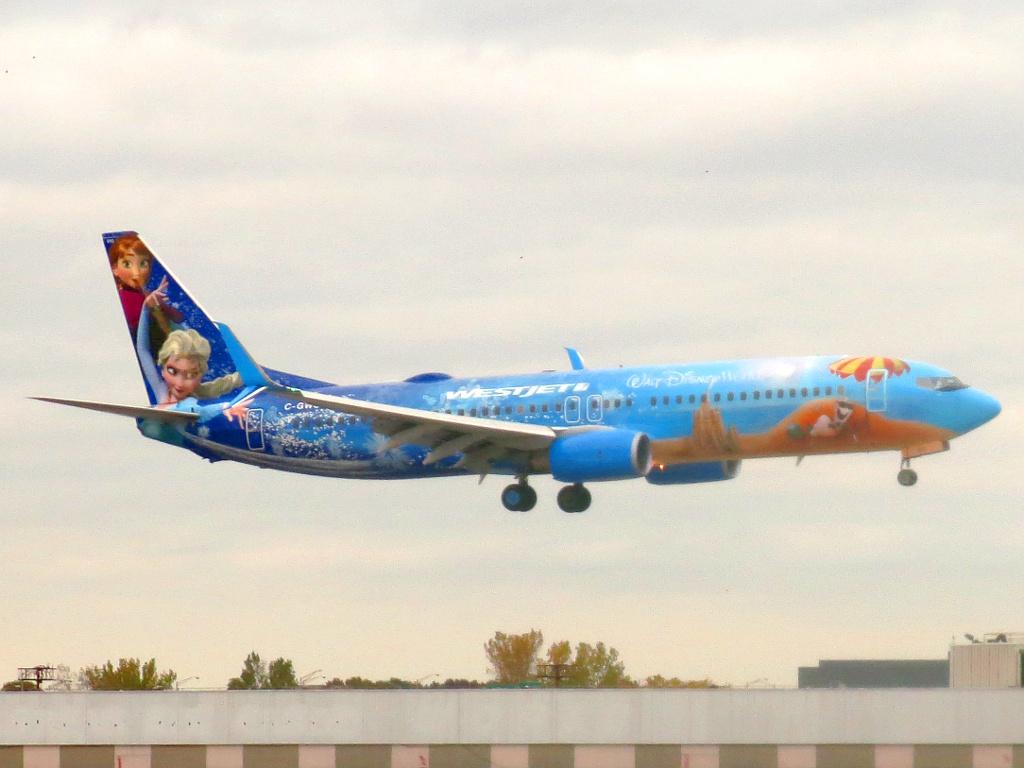 File:WestJet Boeing 737-8CT C-GWSV.jpg