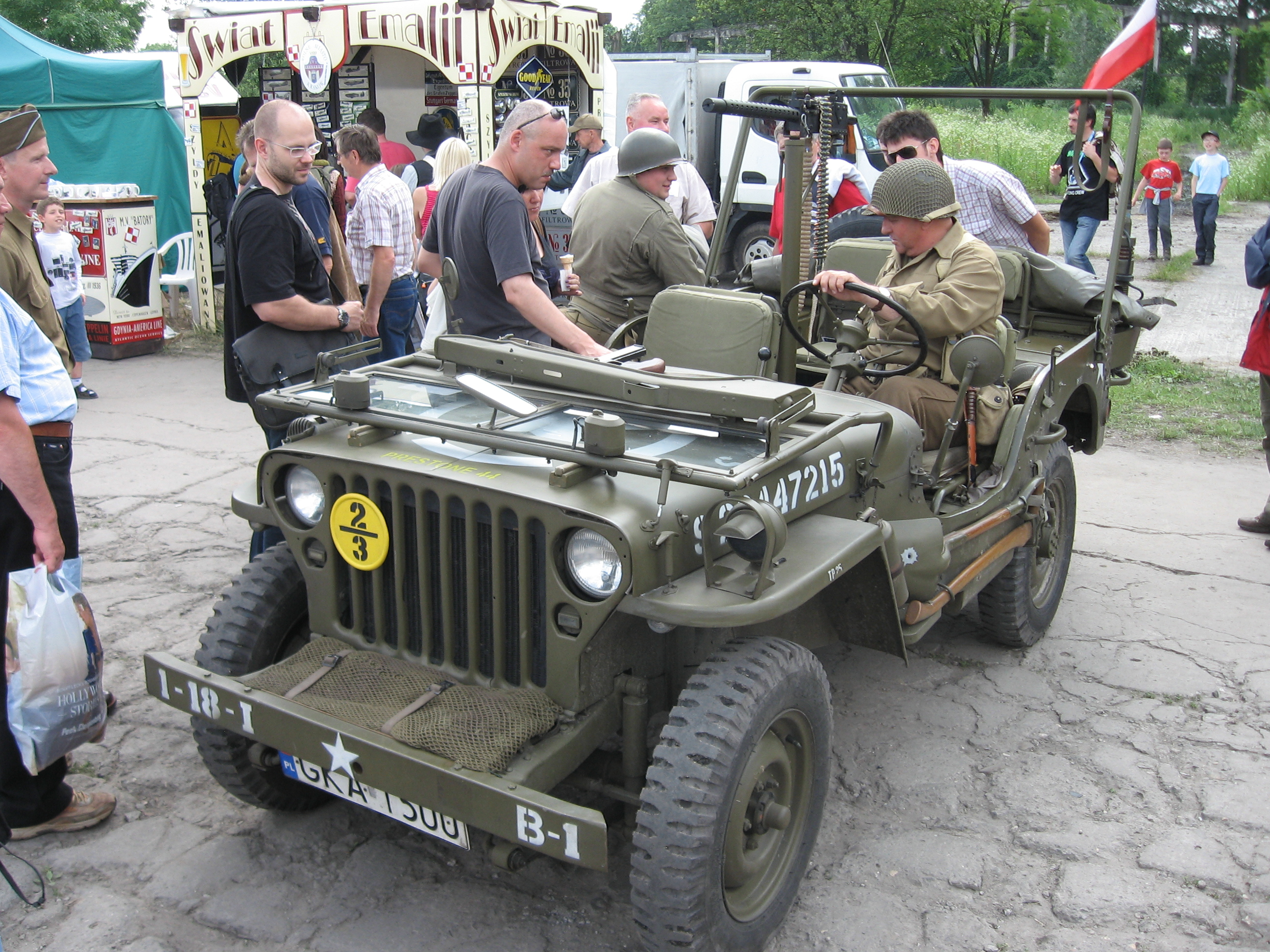 File Willys Mb Armed With An M1919 Browning Machine Gun