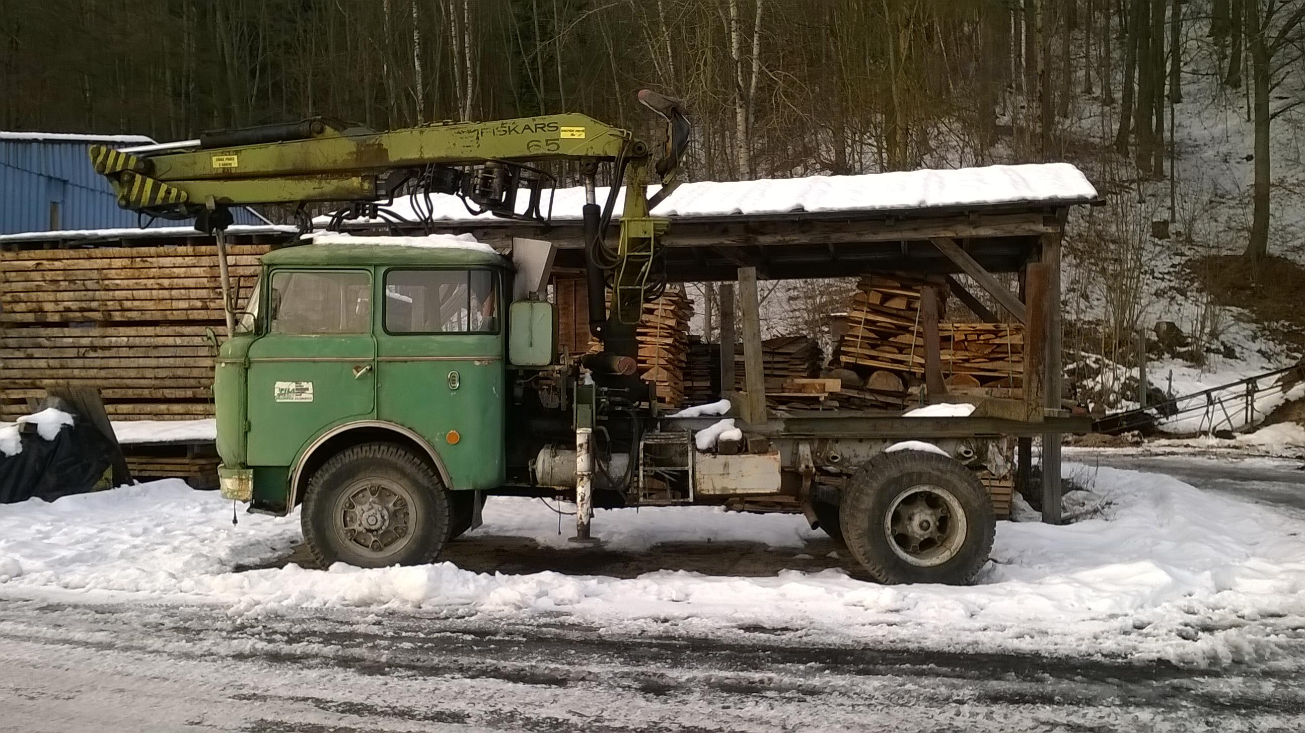 File:Škoda-706-RTP-dřevař Hrabačov-WP20161205142453.jpg