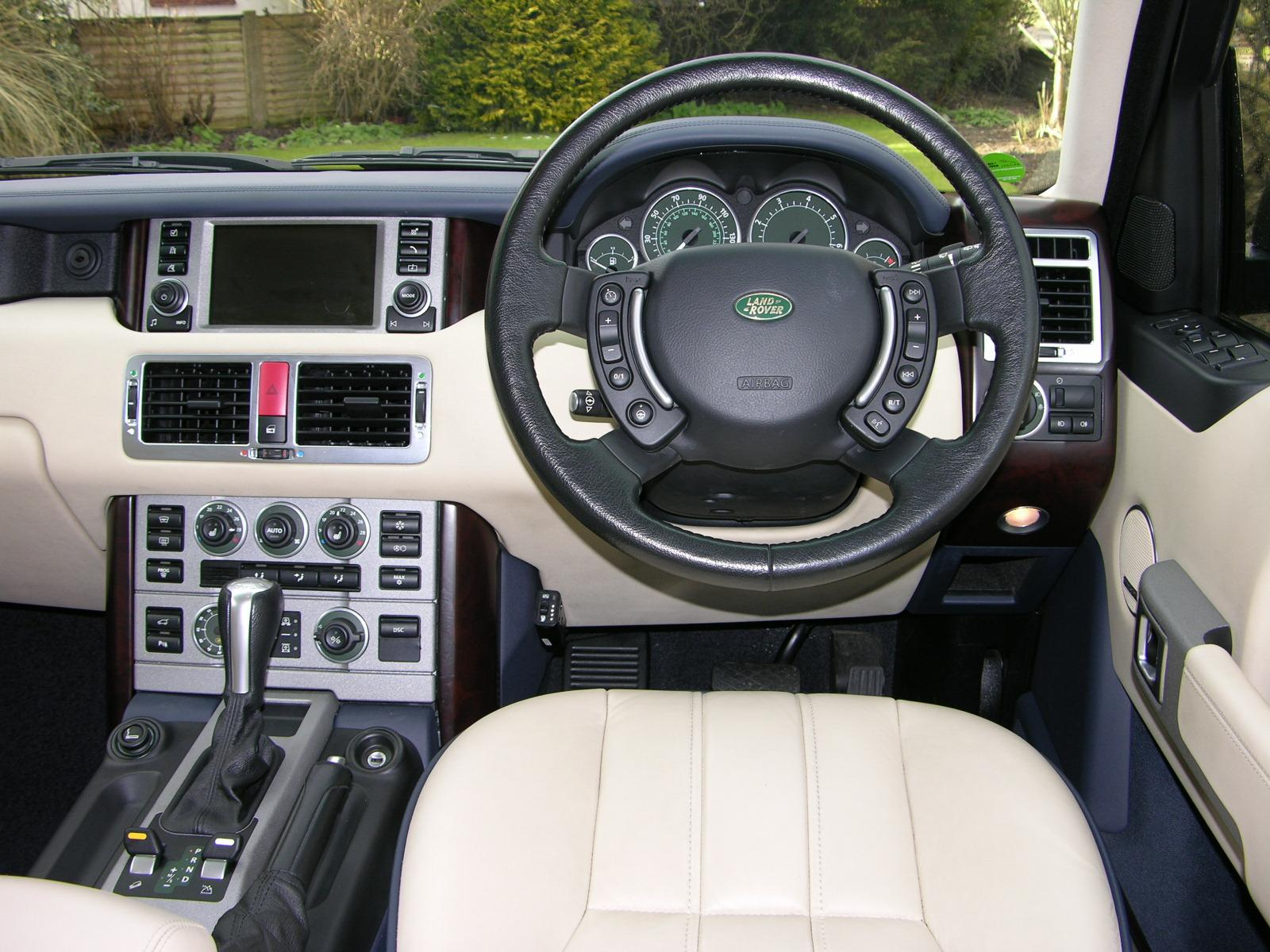 2004 Range Rover Car Interior Design