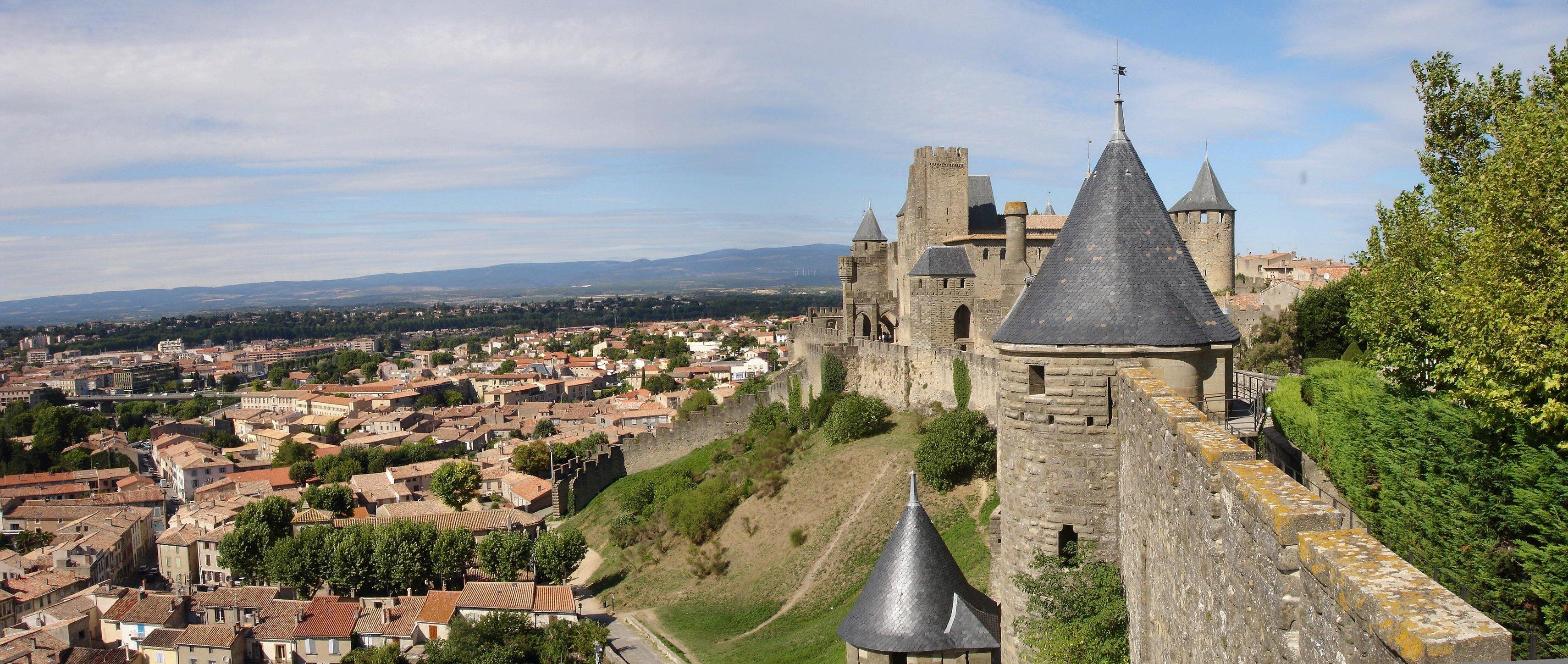 3420 x 1448 jpeg 1267kBCarcassonne