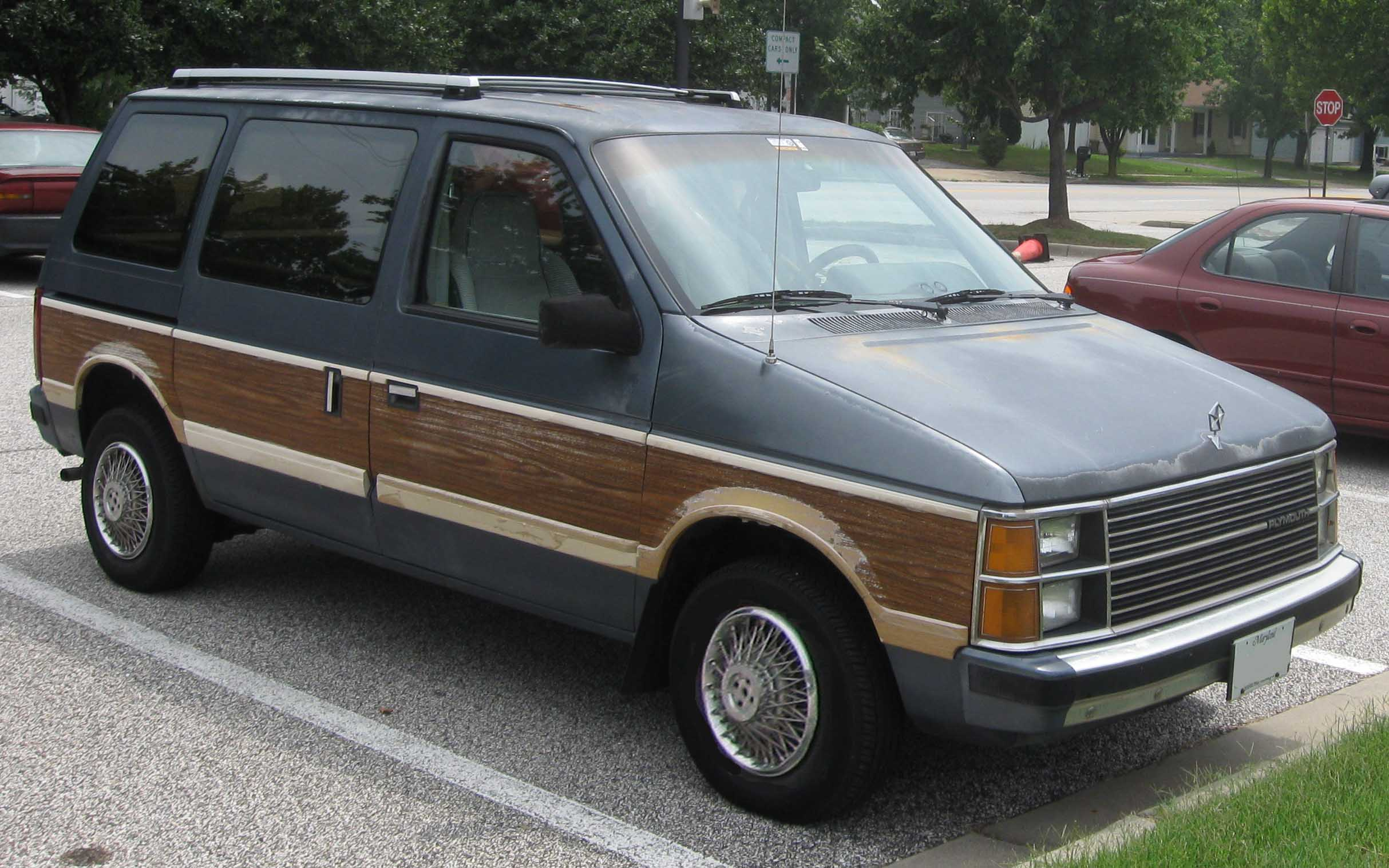1984 plymouth voyager with File 84 86 Plymouth Voyager Le on Cc Follow Up 1984 Dodge Caravanplymouth Voyager 6 And 8 Passenger Seating further 99plymouthvoyager likewise Pack A Light Piano also 2018 Dodge Grand Caravan furthermore 2017 Chrysler Pacifica Vs 1984 Plymouth Voyager  parison Test.