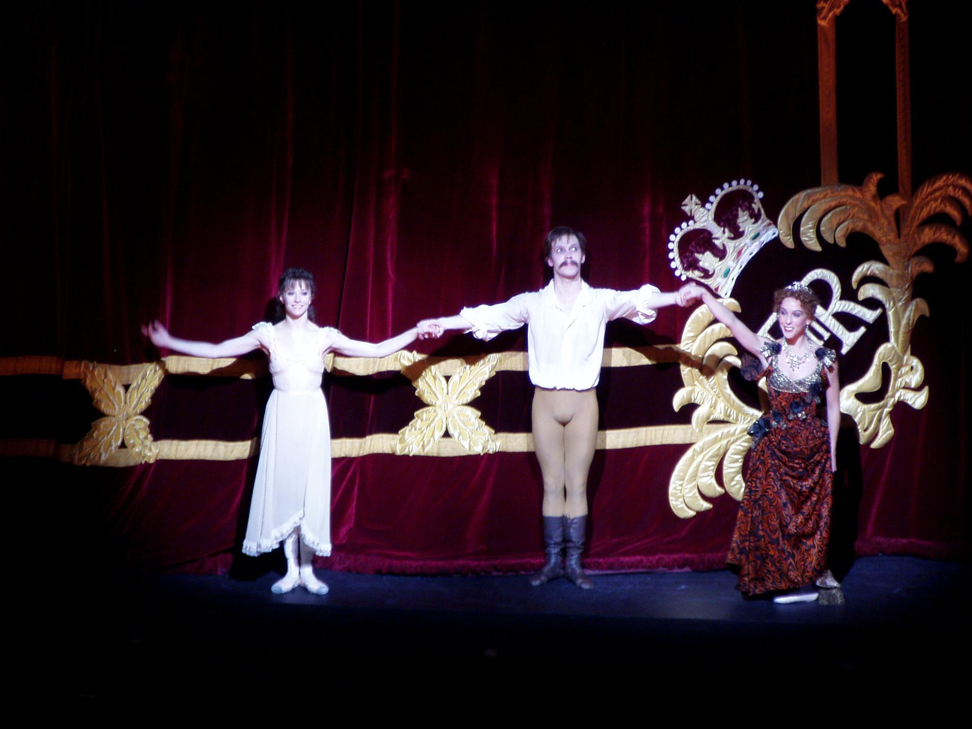 Alina Cojocaru, Johan Kobborg, Laura Morera, curtain call for Mayerling, Royal Ballet, 10 April 2007.