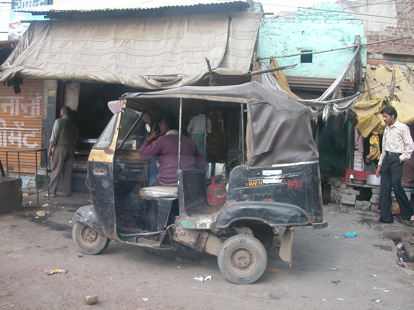 File auto rickshaw in india february 2007 jpg