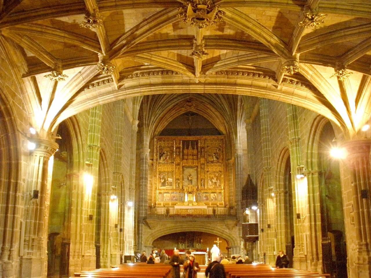 File:Avila - Real Monasterio de Santo Tomas 14.JPG ...