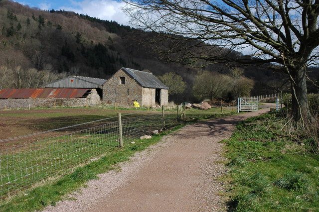 Barn near Little Hadnock - geograph.org.uk - 734349