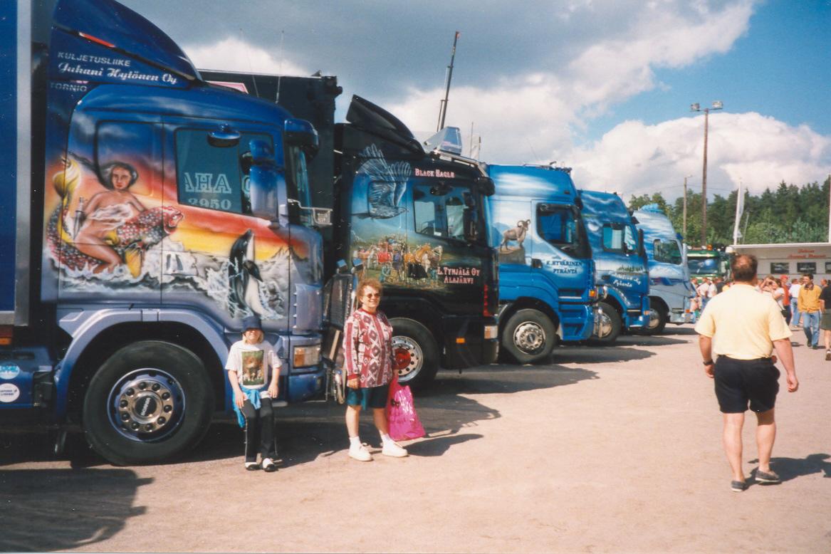 file big trucks tuned sc02 milla as ja autoja c jpg wikimedia