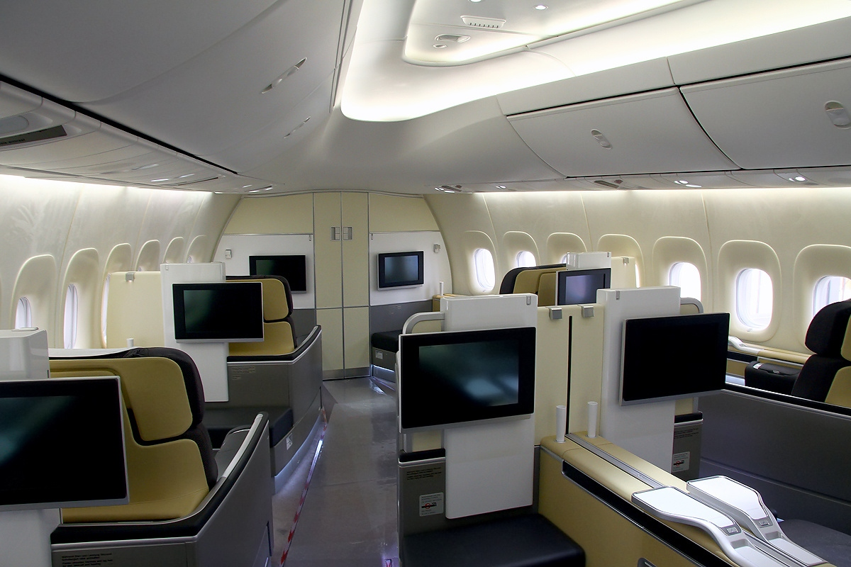 file boeing 747 830 lufthansa wikimedia commons. Black Bedroom Furniture Sets. Home Design Ideas