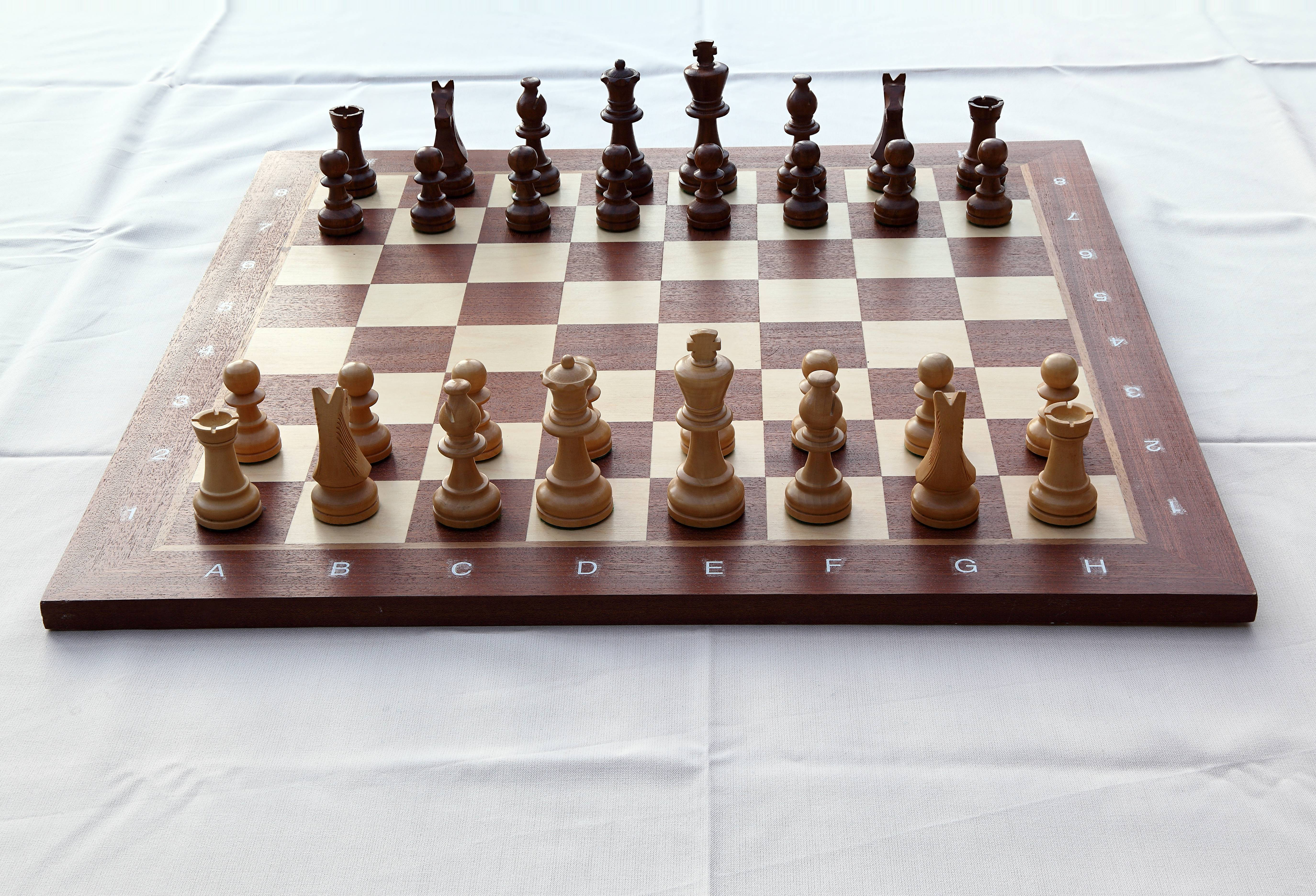 How to go chess pieces 12
