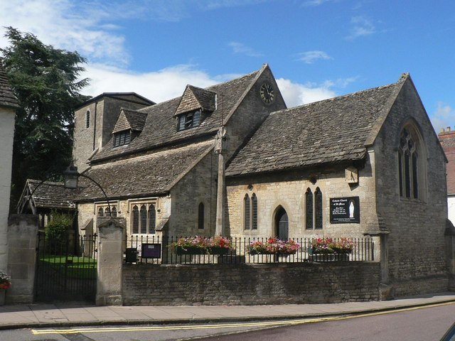 Cricklade, Catholic church of St. Mary - geograph.org.uk - 527667