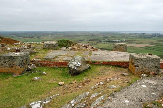 Defence site foundations near the summit of Carn Llidi - geograph.org.uk - 1529897