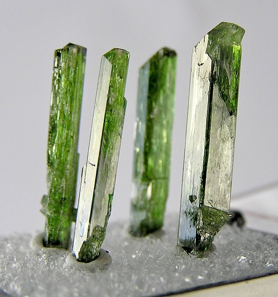 Diopside-140495