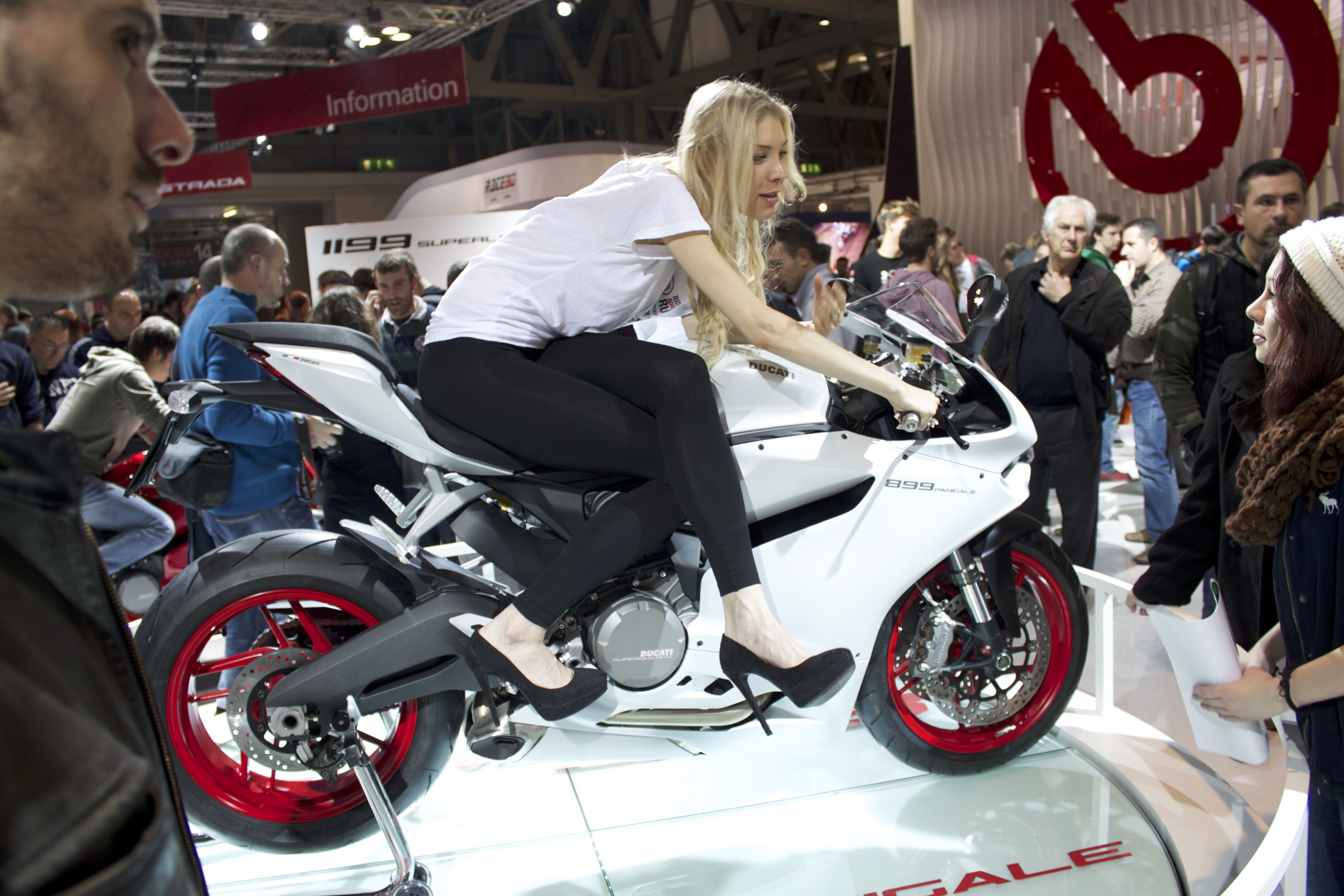 Ducati 899 Panigale Wikipedia Wolna Encyklopedia