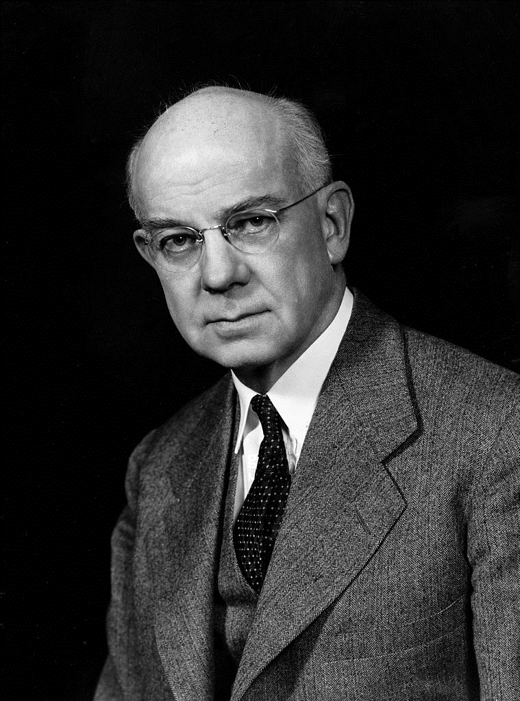 Edward Calvin Kendall 1940s.jpg