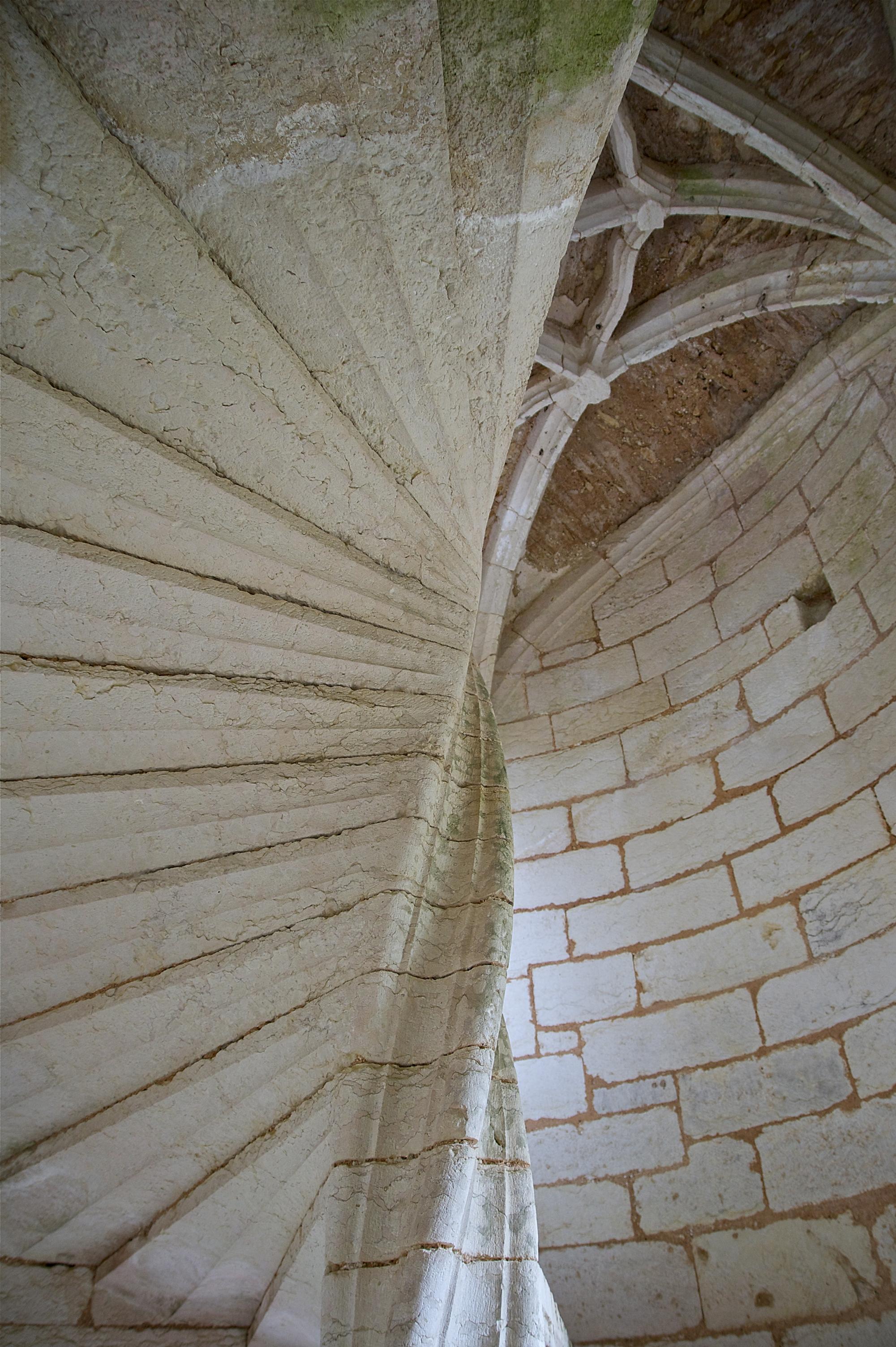 file escalier spirale vo te ch teau de l 39. Black Bedroom Furniture Sets. Home Design Ideas