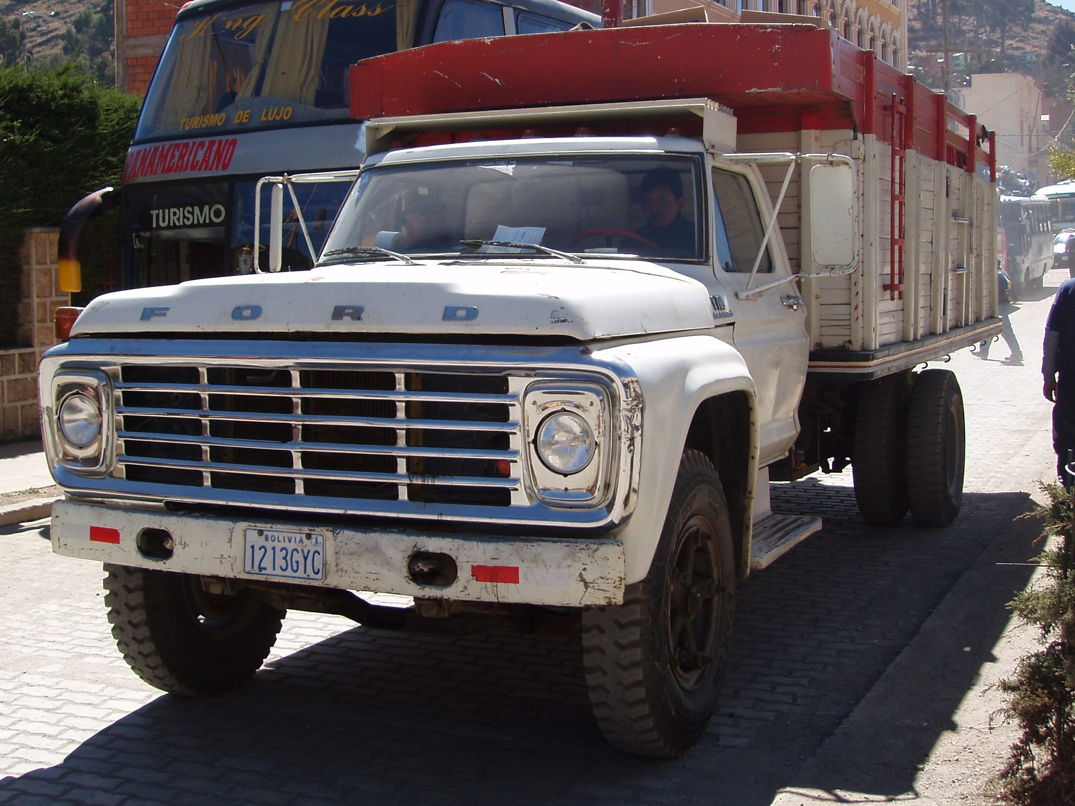 Ford F700 Truck