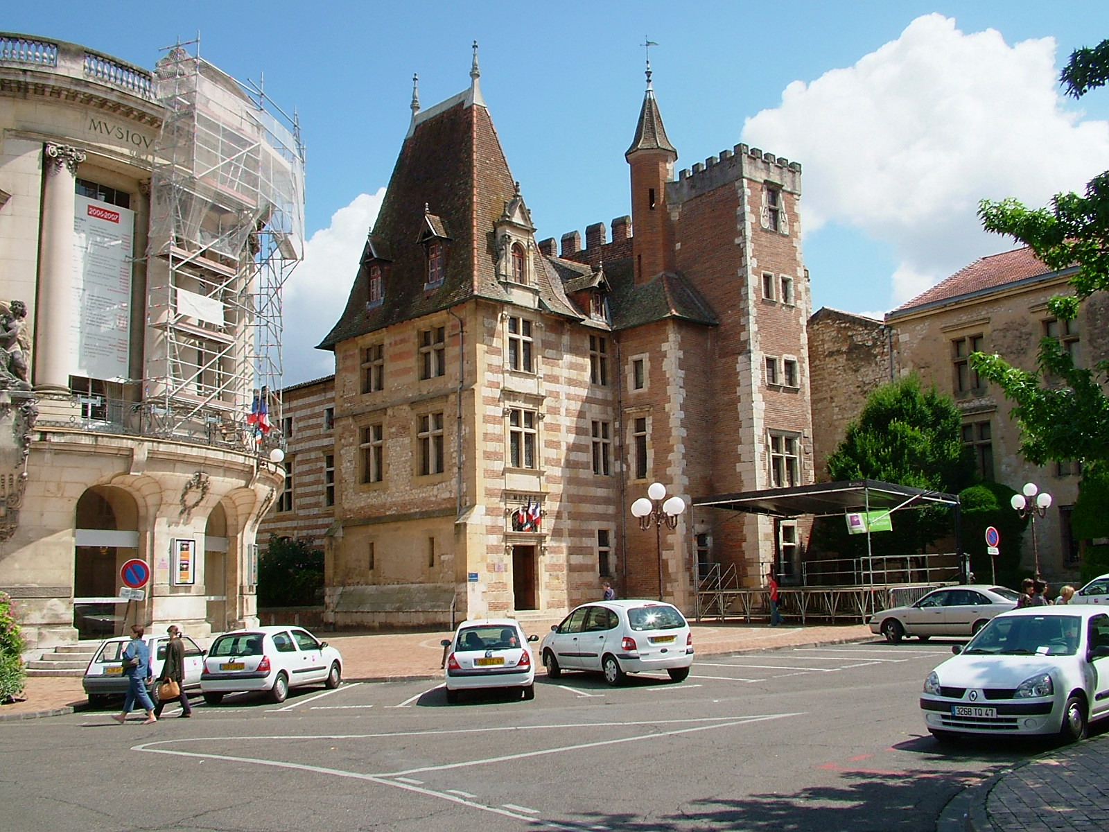 Agen France  City new picture : Description France Agen musee beaux arts et theatre