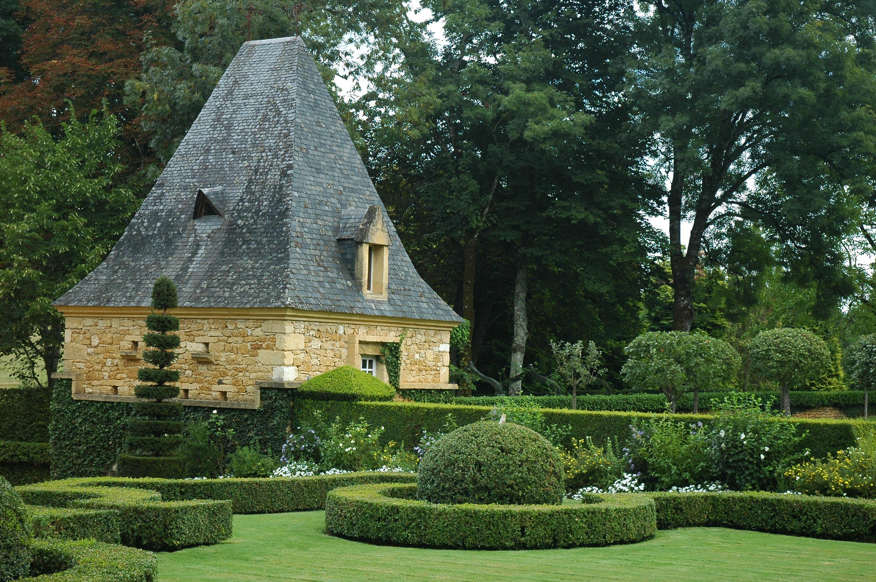 File France Eyrignac Jardin 03 Wikimedia mons