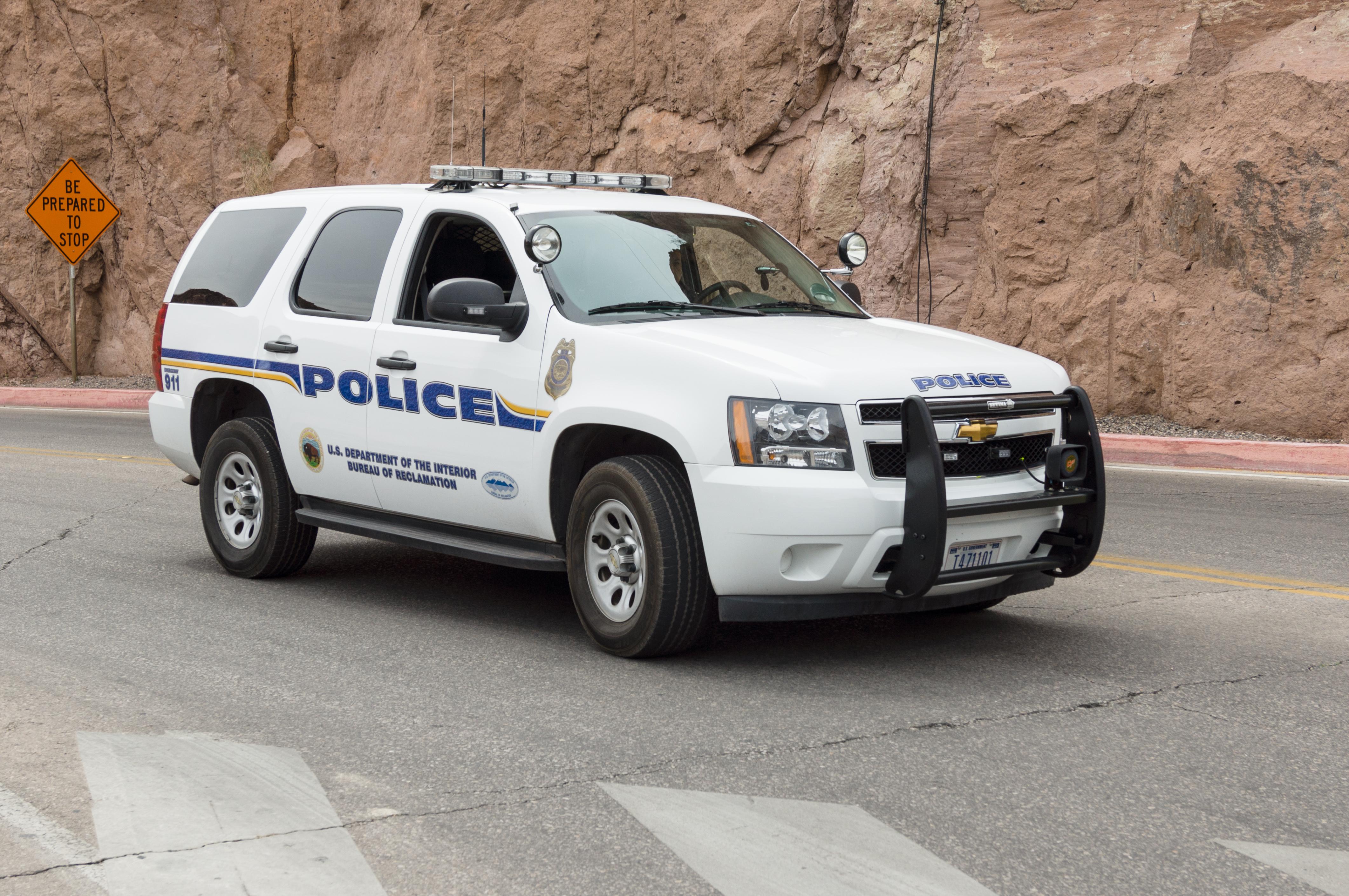 File:Hoover Dam, Police Chevrolet Tachoe.jpg - Wikimedia Commons