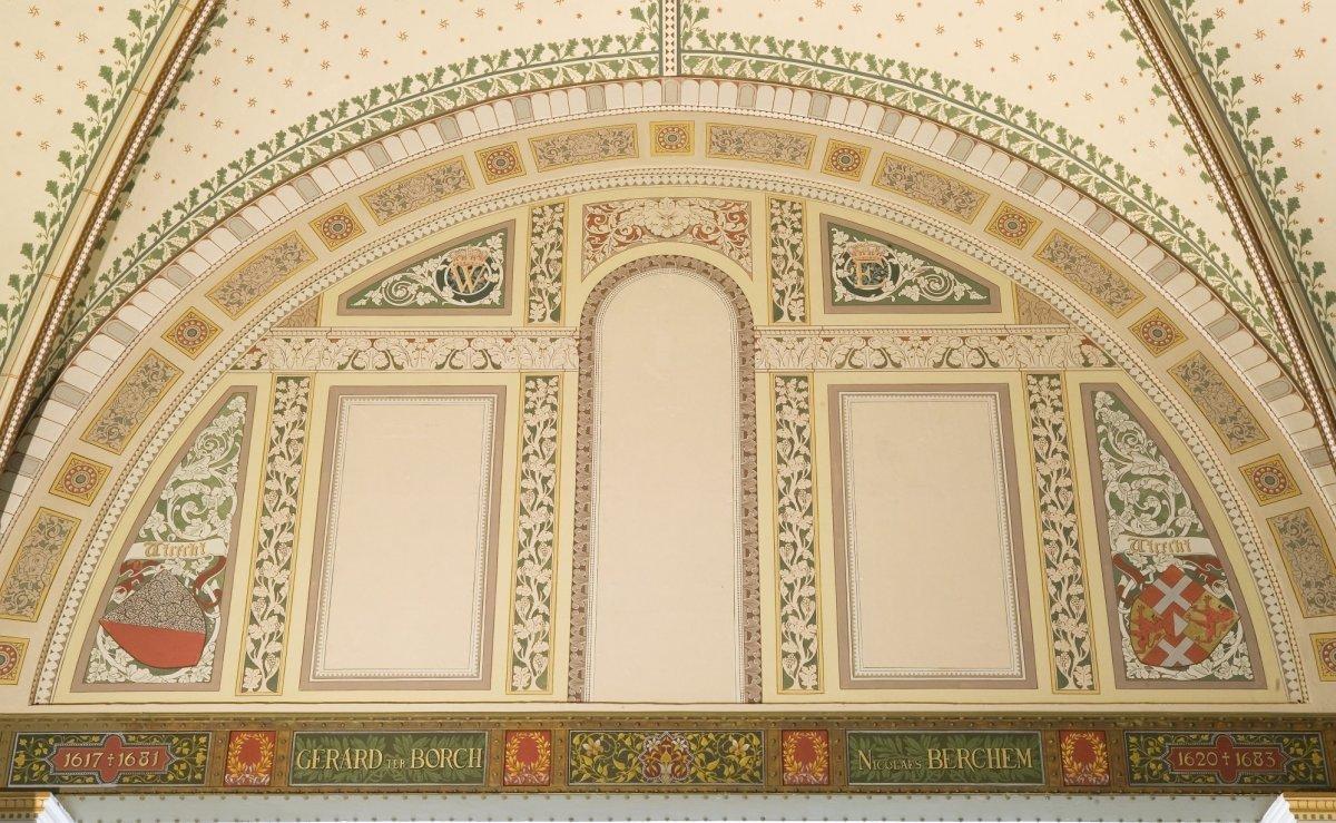 File interieur de herstelde geschilderde decoratie in de for Interieur amsterdam