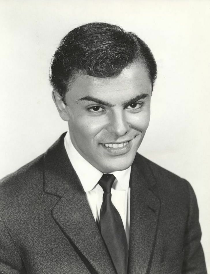 File:John Saxon 1958.jpg - Wikimedia Commons