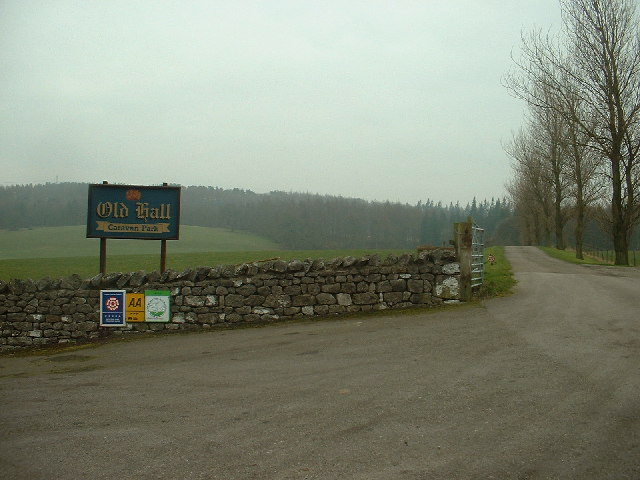 File:Lane to Capernwray Old Hall Caravan Park - geograph org
