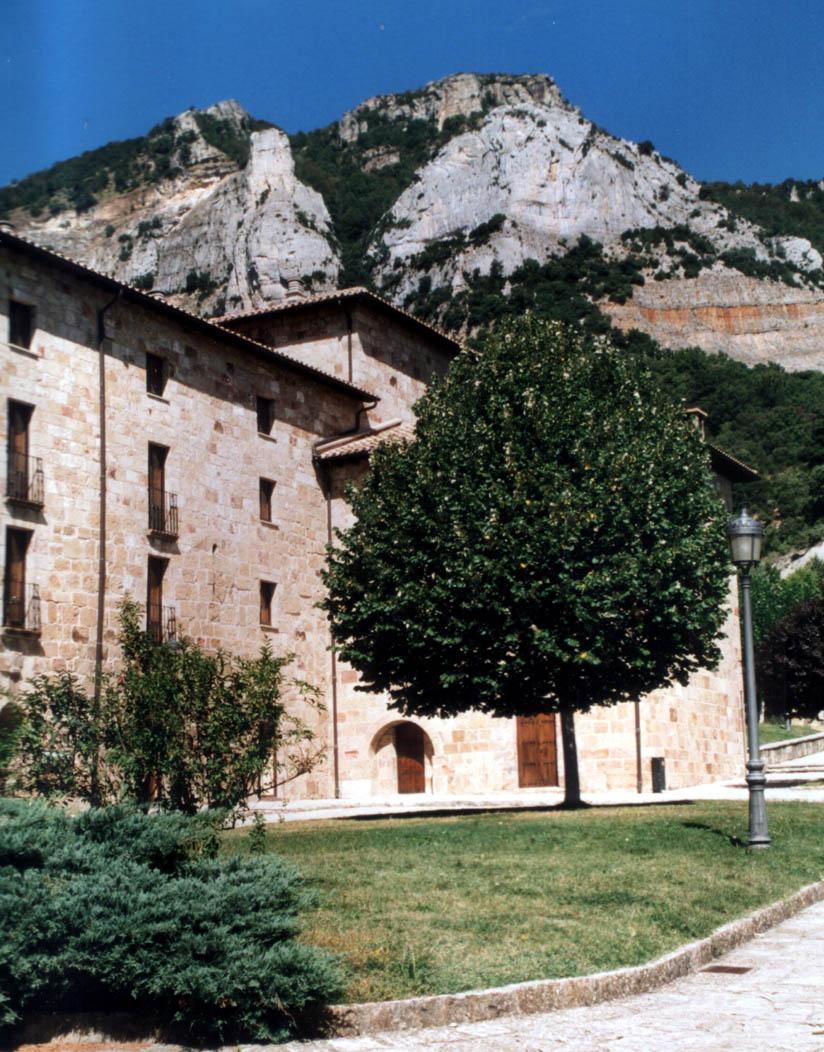 Depiction of Monasterio de Leyre
