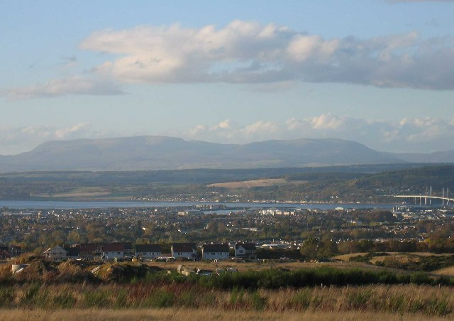 File:Looking over Inverness to Ben Wyvis - geograph.org.uk - 104958.jpg