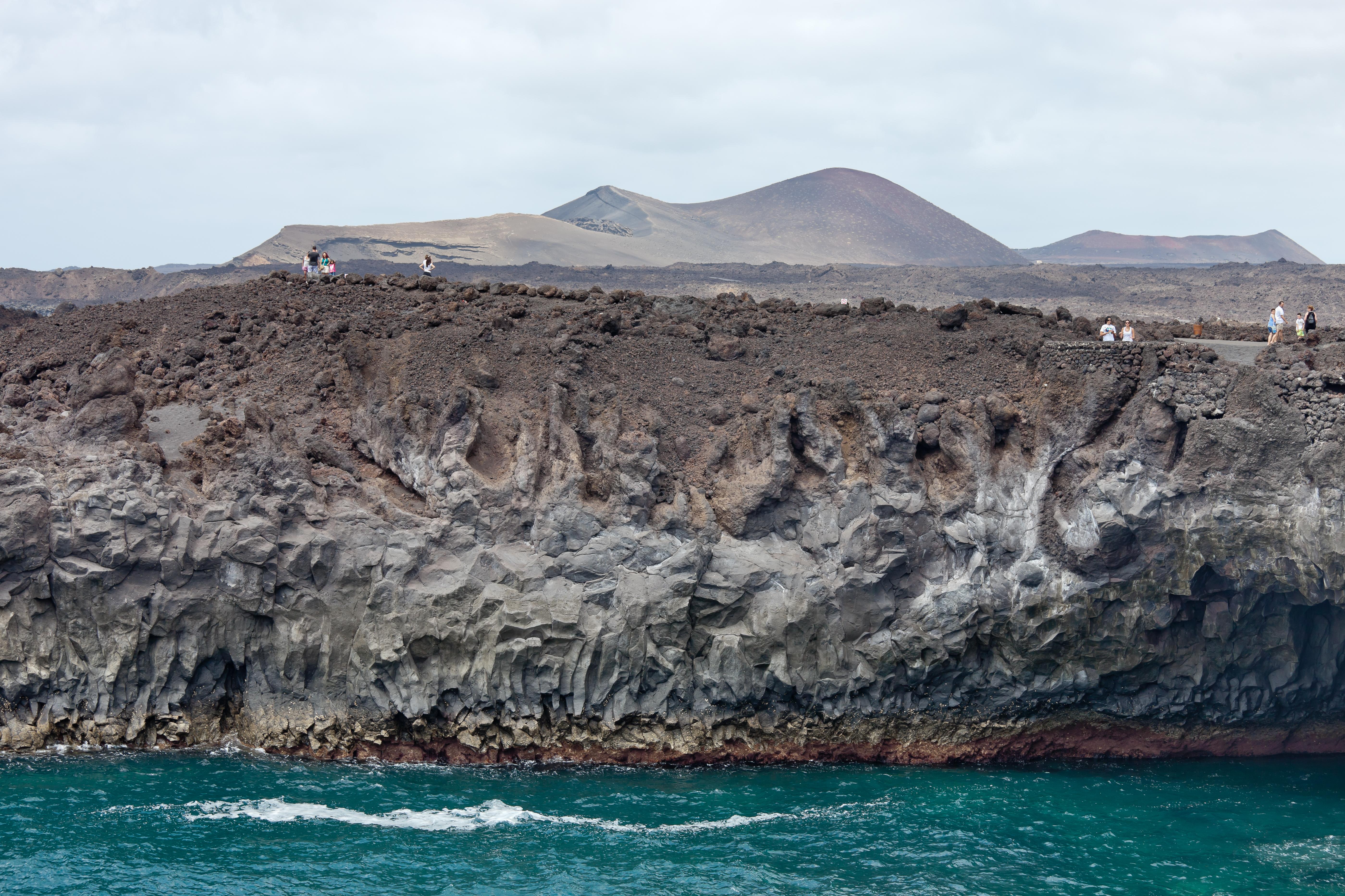 File:Los Hervideros - Lanzarote - LH04.jpg - Wikimedia Commons