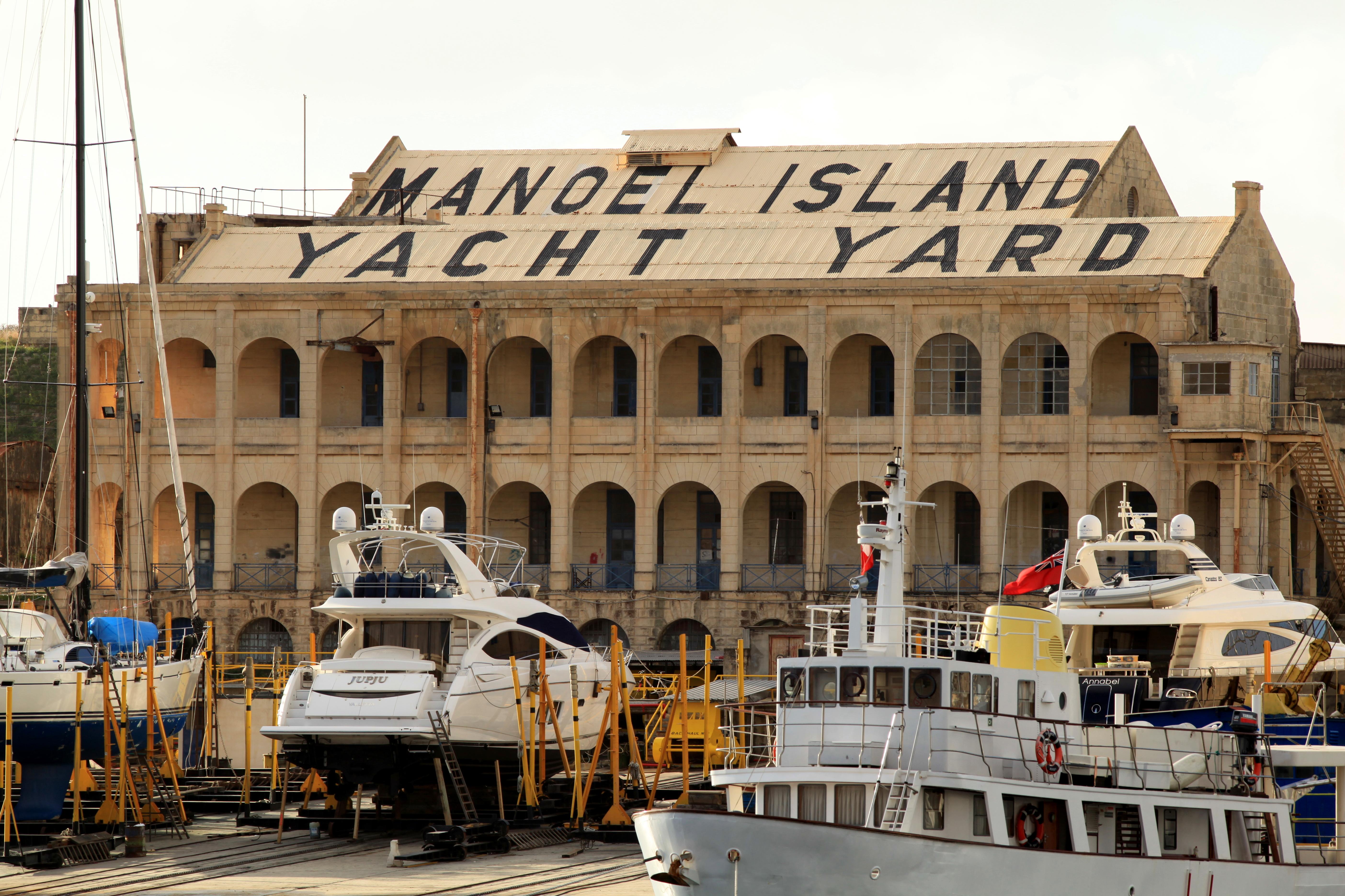 Il-Gzira Malta  city photo : Description Malta Gzira Triq Il Forti Manoel Yacht Yard Triq Ix ...