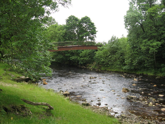 Millennium Footbridge over the River Irthing by Hadrian's Wall near Gilsland - geograph.org.uk - 1171932