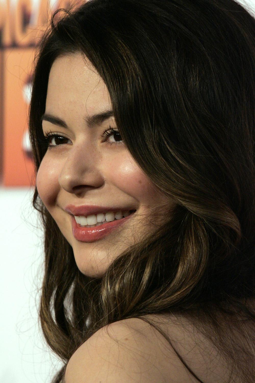 Miranda cosgrove 2013