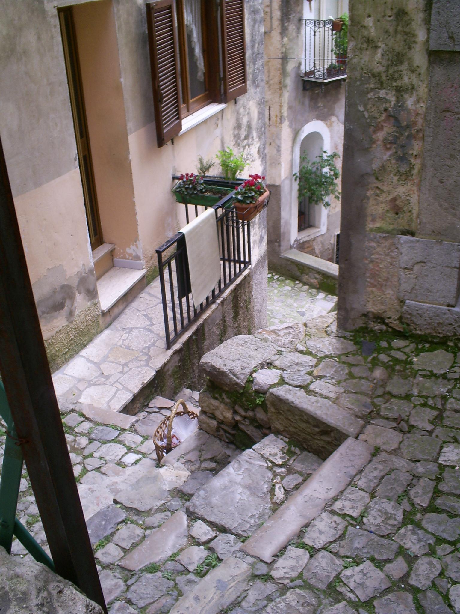 Via delle Rose Monte San Biagio Lazio